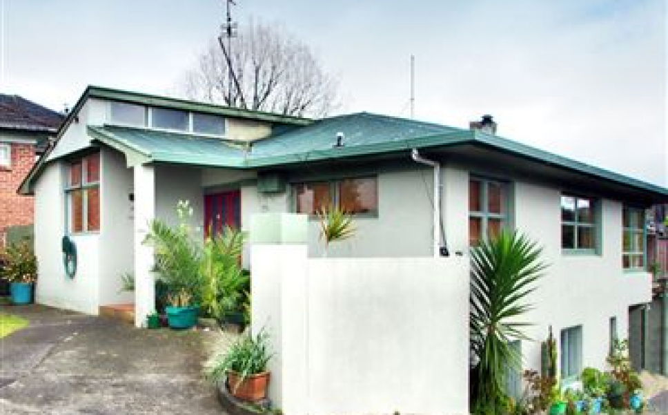 188 HF110904 Morningside Drive St Lukes Auckland City Auckland New Zealand